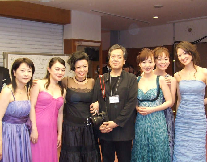 Back stage with the official photographer Koichi Miura surrounded by the beautiful ladies of the orchestra!